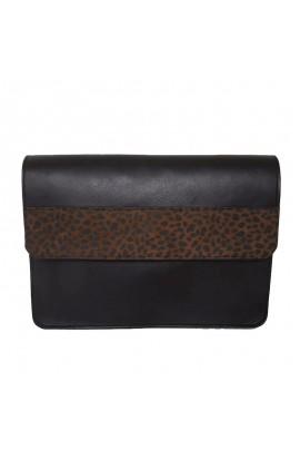 Bolso de coiro con estampado animal
