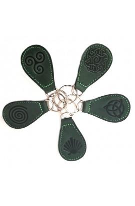 Chaveiro  de coiro con grabado Celta