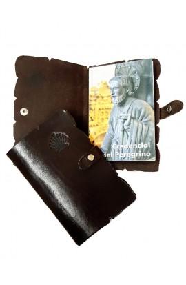 Funda Credencial de cuero con grabado concha
