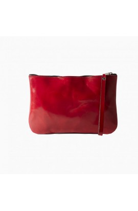 Clutch wallet made of 100% leather with a precious leather finish